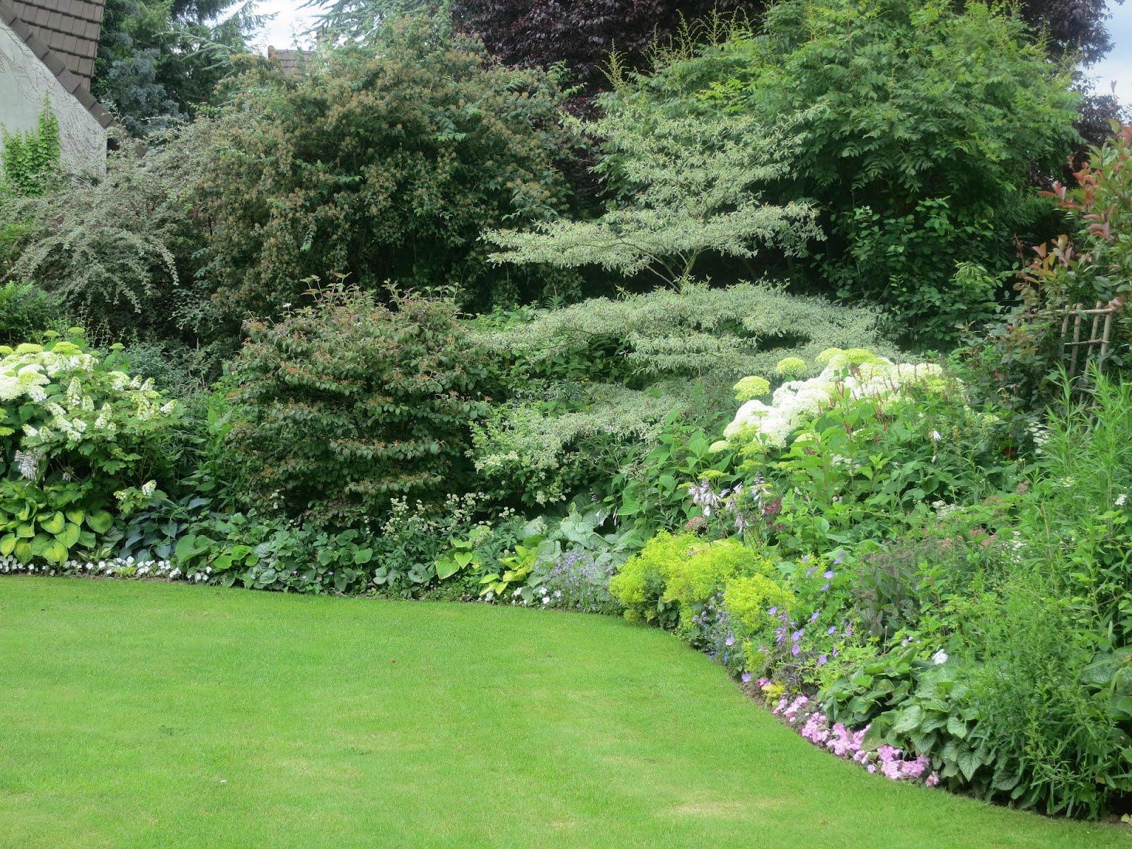 Nicolas paysagiste jardins for Jardin anglais vegetaux